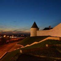 Возле стен Казанского кремля :: Алексей