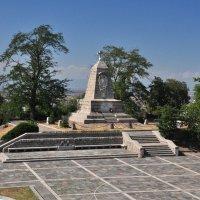 Обелиск в память битвы при Филиппополе :: Александр Матвеев