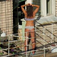 Балкон напротив :: Георгий Кашин