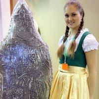 пряник и девушка :: Олег Лукьянов