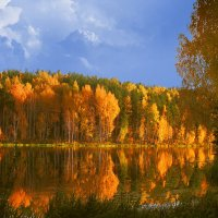 Рыбак и осень :: Влад