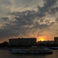 кораблик и небо :: Александра