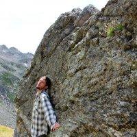 Попросить силы у камня... :: Светлана Попова