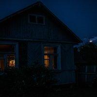 Яркий отблеск чужого окна задевает меня за живое :: Ирина Данилова