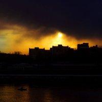 Левый  берег  на  фоне  заката. :: Хась Сибирский