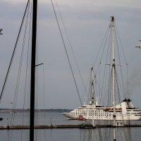 Как провожают пароходы ... :: Alis AN