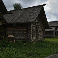 Старые дома :: Дмитрий Близнюченко