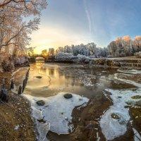 Река Славянка - первые морозы. :: Фёдор. Лашков