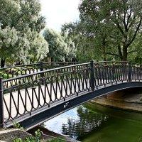 Мост в Юсуповском саду. Питер :: Александр Яковлев