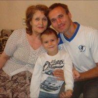 С любимой  мамой и бабушкой :: Нина Корешкова