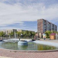 Площадь с фонтанами. :: юрий Амосов