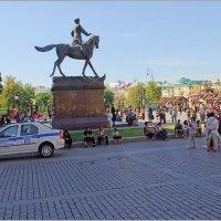 Прогулки у Кремля. :: Роланд Дубровский