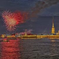 Салют в день ВМФ в Питере :: Вячеслав Мишин