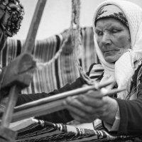 Застывает целый мир  в длинных нитях :: Ирина Данилова