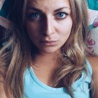 Автопортрет :: Вероника Кононова