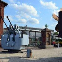 Двор военно-морского музея Вильгельмсхафена :: Ольга