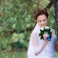 Невеста с букетом :: Александр Мясников