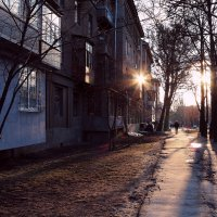 Улица двух солнц :: Ирина Сивовол