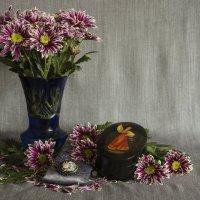 Этюд с цветами и шкатулкой :: Aнна Зарубина