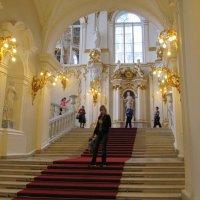 Парадная лестница Эрмитажа :: Вера Щукина