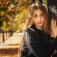 Виктория. Осенний портрет :: Евгений Пименов