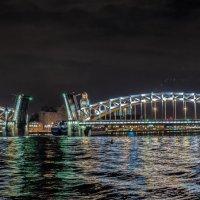 Большеохтинский мост «в разводе» :: Valeriy Piterskiy