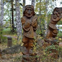 Весёлый деревянный :: Александр