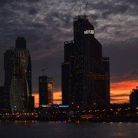 Москва-Сити :: Наталья Левина
