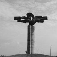"""Скульптура """"Расщепление атома"""" . :: bemam *"""