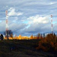 Осенний день в деревне Красная Гора :: Николай Туркин