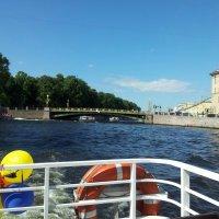 С ветерком по реке Фотнтанке.:) :: Жанна Мааита