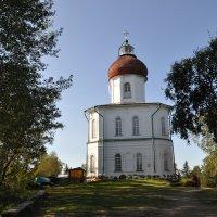 Церковь - маяк. Секирная гора. Соловки. :: Елена Савчук