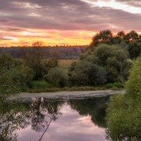 Закат на реке :: Сергей Бурлакин