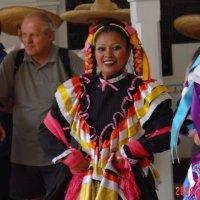 Мексиканская танцорка :: Николай Танаев