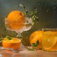 С апельсинами :: Светлана Л.
