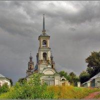 Церковь Троицы Живоначальной в Верхне-Никульском, 1806 :: Дмитрий Анцыферов