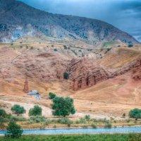 Домик в горах :: Евгений Предыбайло