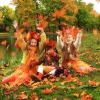 Осень в Петергофе :: Наталья Ширягина