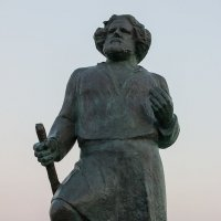 Коктебель. Памятник Максимилиану Волошину :: Николай Ефремов