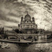 И купол - небо. Там тишина, там многие слова ещё не сказаны. :: Ирина Данилова