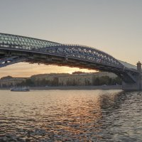 Андреевский пешеходный мост. Москва. :: Алексей Окунеев