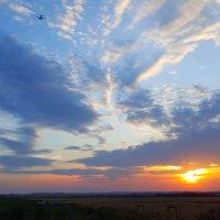 Взлет на закате :: Любовь