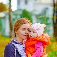 Мама с дочей :: Юлия Верещагина