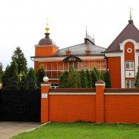 Резиденция митрополита Орловского и Болховского Антония. :: Борис Митрохин