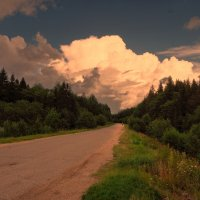Вечерняя дорога :: Валерий Талашов