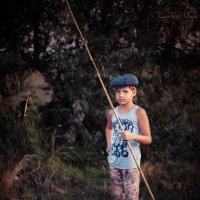 Маленькие рыбаки. :: Ольга Егорова
