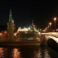 Большой Москворецкий мост и вид с него: на Кремль, на Москва-реку, на центр столицы! :: Николай Алехин