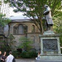 Памятник президенту Б. Франклину у здания бывшей мэрии Бостона :: Юрий Поляков