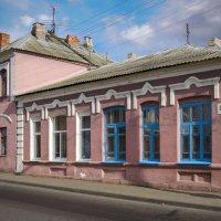 Старый борисовский домик :: Владислав Писаревский