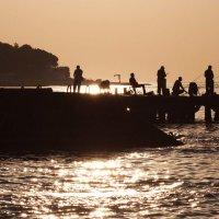 Рыбаки на рассвете :: Evelina Alevina